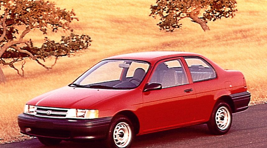 Main photo of Ryan Barker's 1991 Toyota Tercel