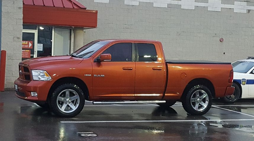 Main photo of Travis Schrama's 2009 Dodge Ram Pickup 1500