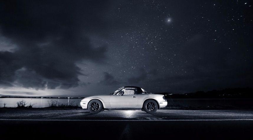Main photo of Chris Liu's 1991 Mazda MX-5 Miata