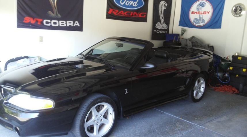 Main photo of Rob Blackenberry's 1996 Ford Mustang SVT Cobra