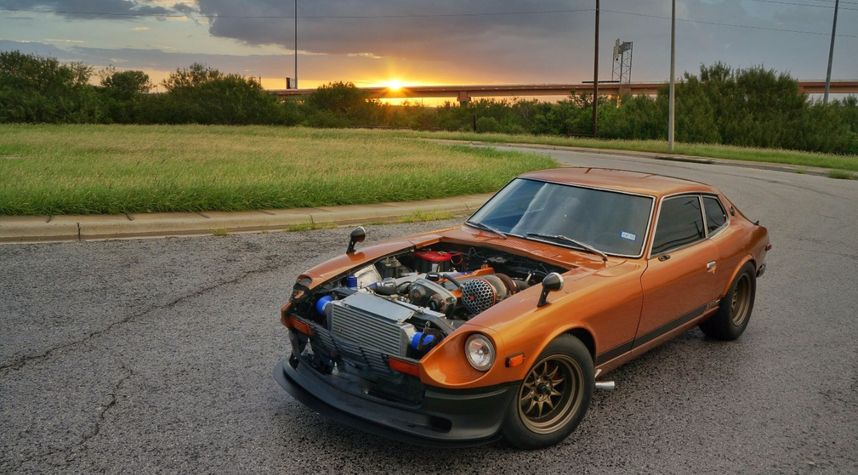 Main photo of Chris Gomez's 1975 Datsun 280Z