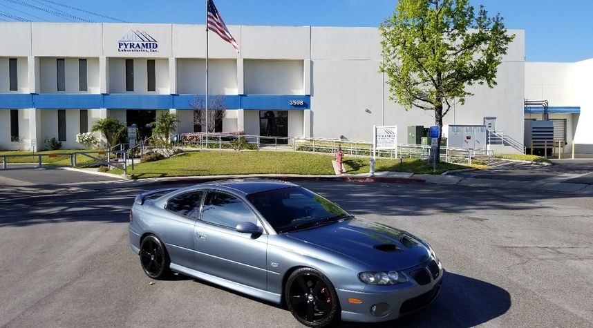 Main photo of Fernando Tello's 2006 Pontiac GTO