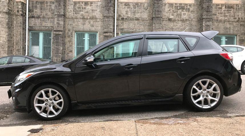 Main photo of Max Ayre's 2011 Mazda 3
