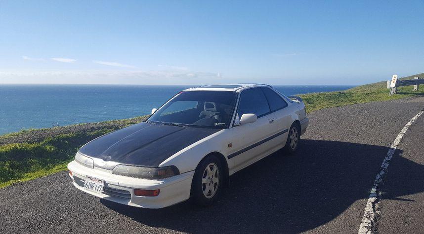 Main photo of Josh Schauert's 1990 Acura Integra