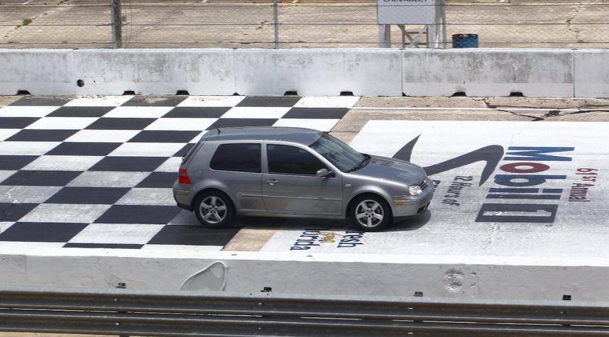 Main photo of Andrew Bookamer's 2004 Volkswagen GTI