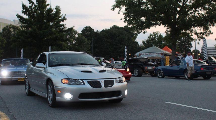 Main photo of Zain Babar's 2006 Pontiac GTO