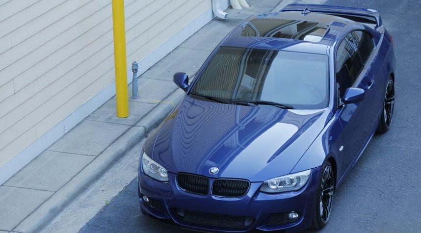 Main photo of Jake Mueller's 2011 BMW 328i