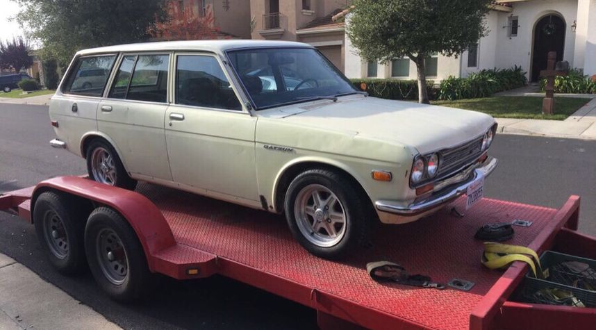 Main photo of Preston Ruiz's 1971 Datsun 510