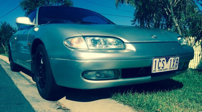 Main photo of Jayden Brookes's 1997 Mazda MX-6