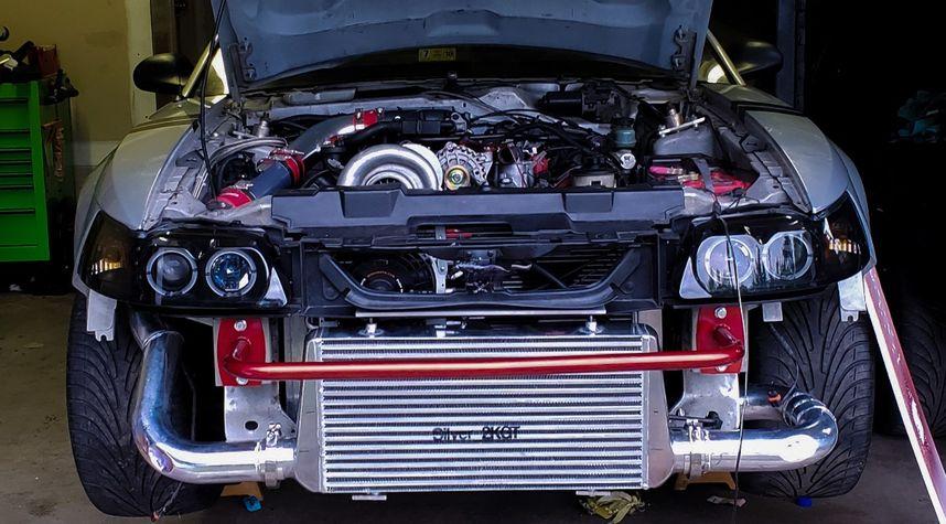 Main photo of David Haight's 2000 Ford Mustang