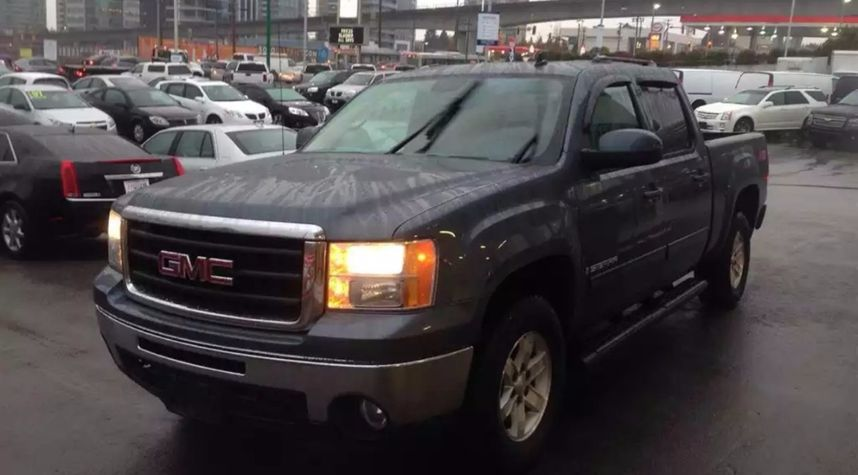 Main photo of Ian Pleasants's 2007 GMC Sierra 1500