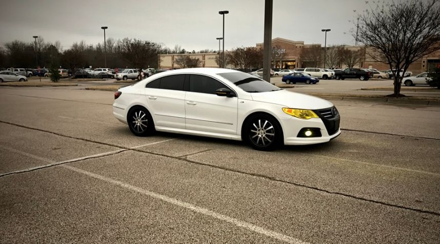 Main photo of Thee Canadiancc's 2012 Volkswagen CC