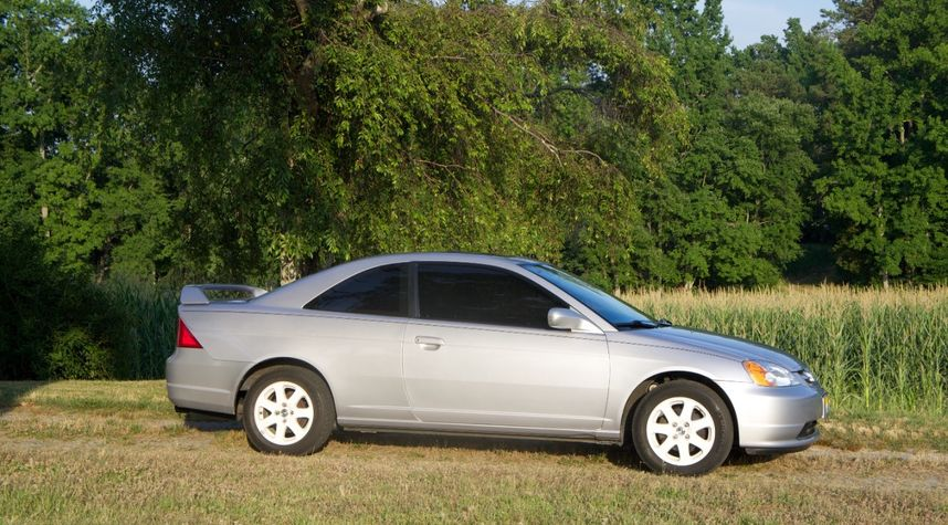Main photo of Josh Anderson's 2003 Honda Civic
