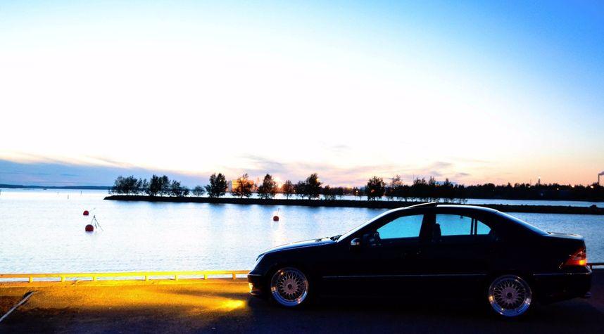 Main photo of Niclas Fi's 2001 Mercedes-Benz C-Class