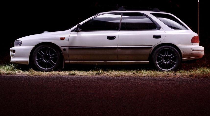 Main photo of Hayden Curren's 1998 Subaru Impreza