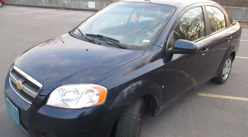 Main photo of Joshua Taylor's 2009 Chevrolet Aveo