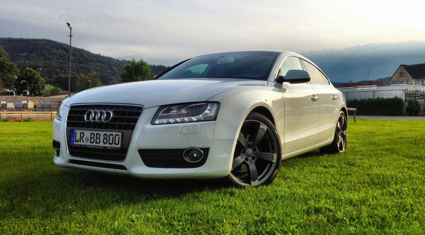 Main photo of Dawid Citak's 2011 Audi A5