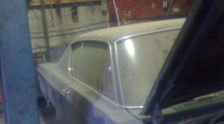 Main photo of Joel May's 1968 Chrysler 300