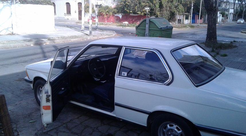 Main photo of Ricardo Rey's 1980 BMW 320