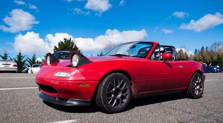 Main photo of Stephen Weiss's 1991 Mazda MX-5 Miata