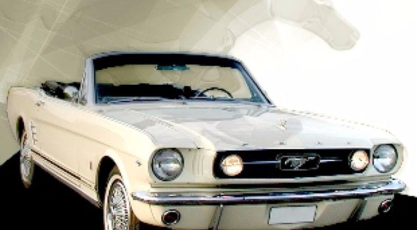 Main photo of Thomas Arctaedius's 1966 Ford Mustang