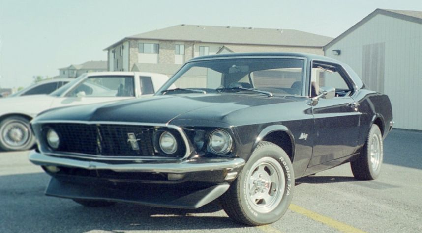 Main photo of Gary Armstrong's 1969 Ford Mustang