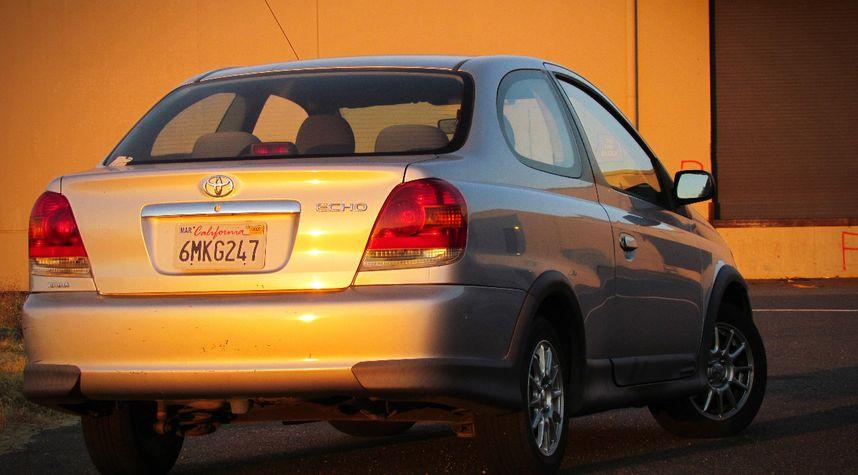Main photo of Harvey Duncan's 2003 Toyota Echo