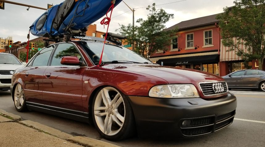 Main photo of Anton Bowman's 2000 Audi A4