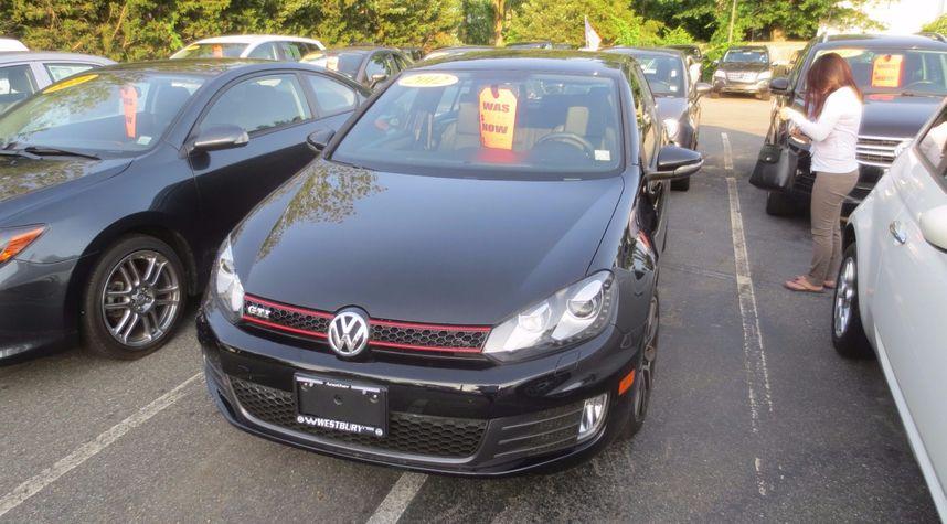Main photo of Daniel Lee's 2012 Volkswagen GTI