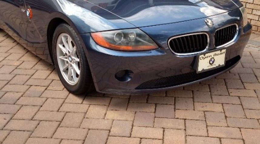 Main photo of Michael Bianco's 2003 BMW Z4