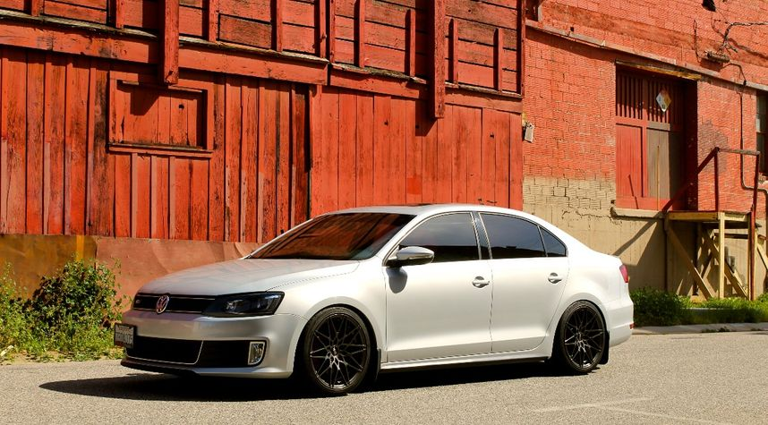 Main photo of Benjamin  Booher's 2013 Volkswagen Jetta GLI
