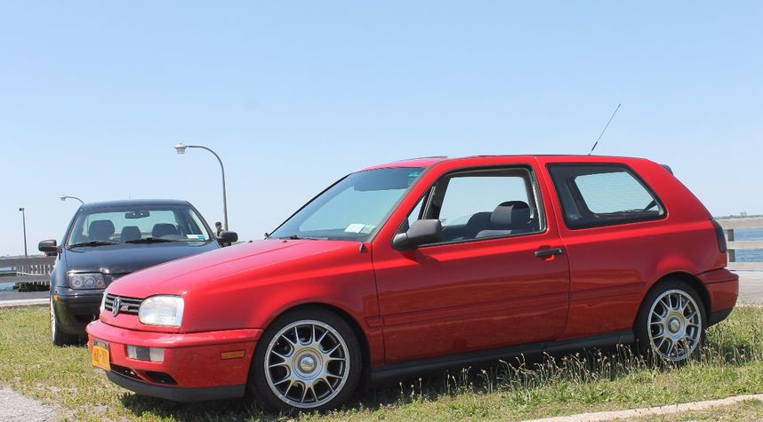 Main photo of Aaron Aniton's 1998 Volkswagen GTI