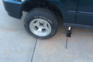 homepage tile photo for Lugs aren't long enough to mount my dads retro Cragar rims, anyone...