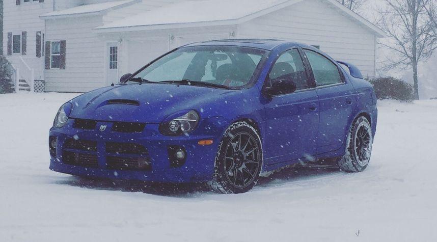 Main photo of Garrett Kiser's 2004 Dodge Neon