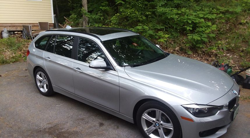 Main photo of Andrew Cole's 2015 BMW 3 Series