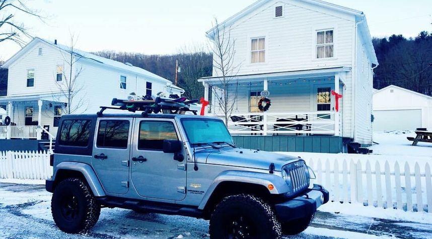 Main photo of Seth Rogers's 2014 Jeep Wrangler