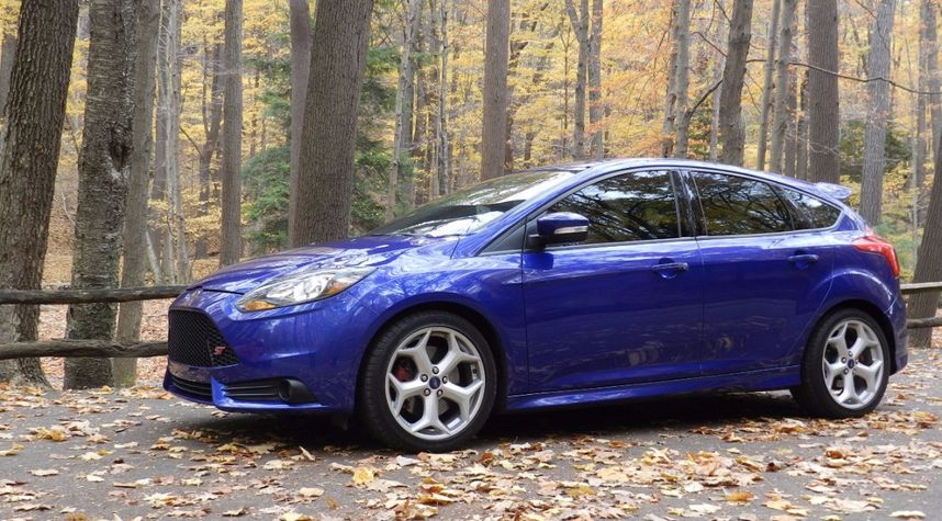 Main photo of Justin Thornburgh's 2014 Ford Focus ST