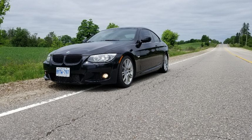 Main photo of James Swackhammer's 2011 BMW 3 Series