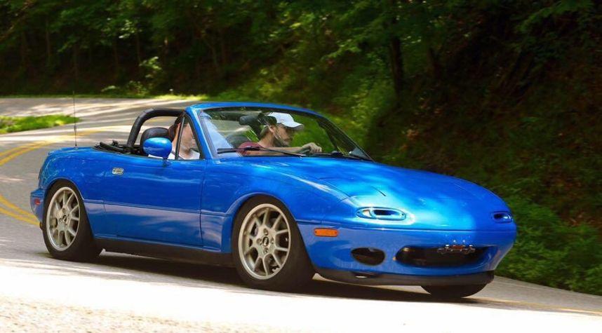Main photo of Craig Hillyer's 1991 Mazda MX-5 Miata