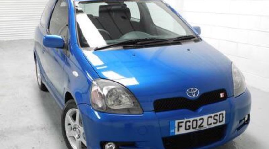 Main photo of Alex Young's 2002 Toyota Yaris