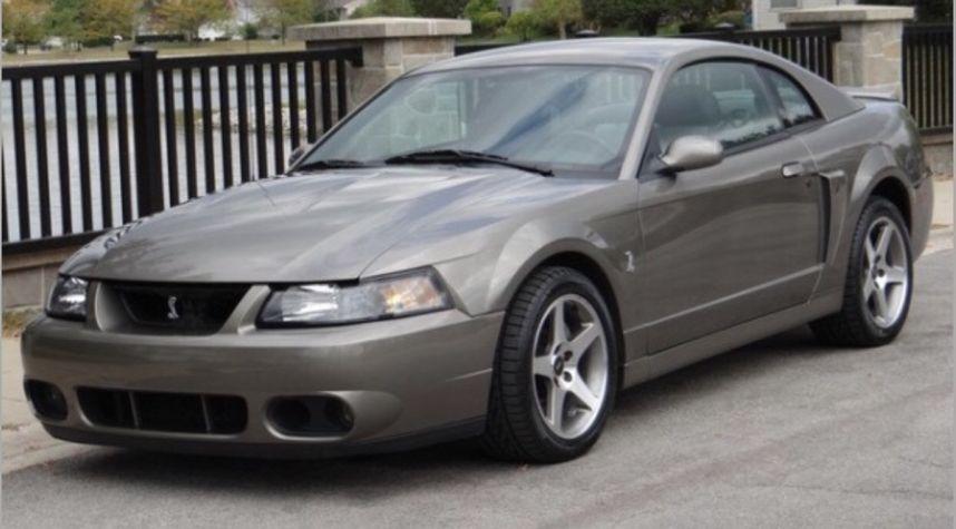 Main photo of Kyden Carpio's 2003 Ford Mustang