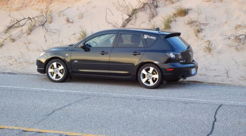 Main photo of Jacob Nemeth's 2006 Mazda 3