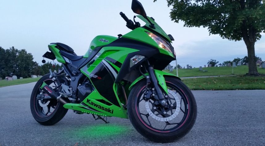 Main photo of Matt Spurlock's 2014 Kawasaki Ninja 300