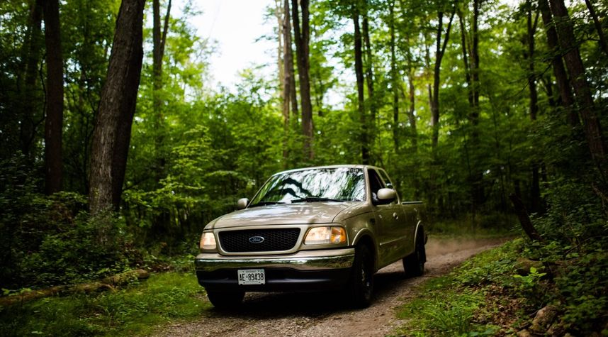 Main photo of Adam Sellner's 2000 Ford F-150