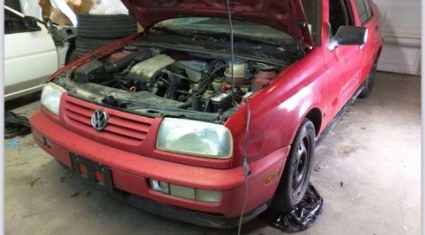 Main photo of Carl Bernstein's 1997 Volkswagen Jetta