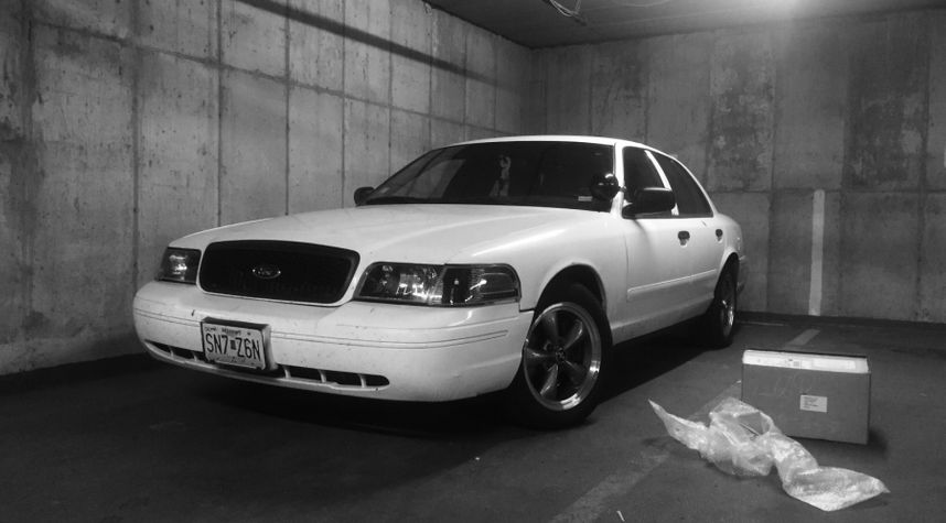 Main photo of Roy Potter's 2006 Ford Crown Victoria