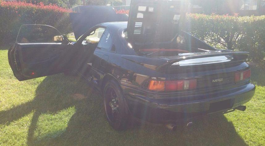 Main photo of Mitchell Clarke's 1991 Toyota MR2