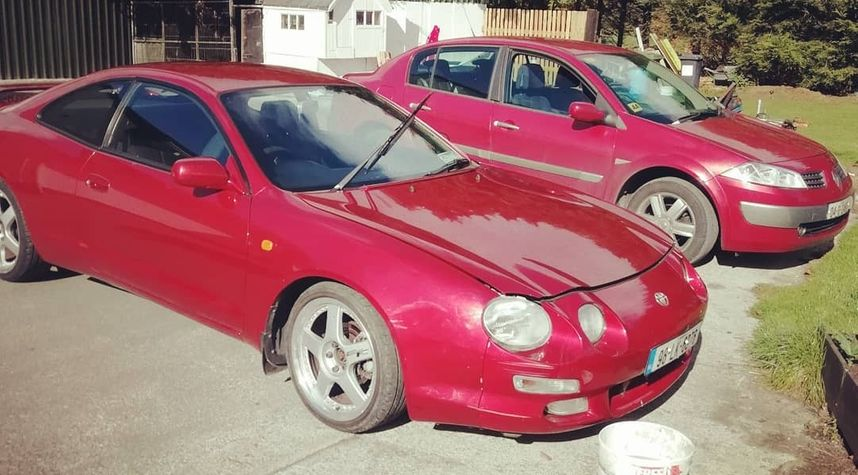 Main photo of Gerry Lyons's 1998 Toyota Celica