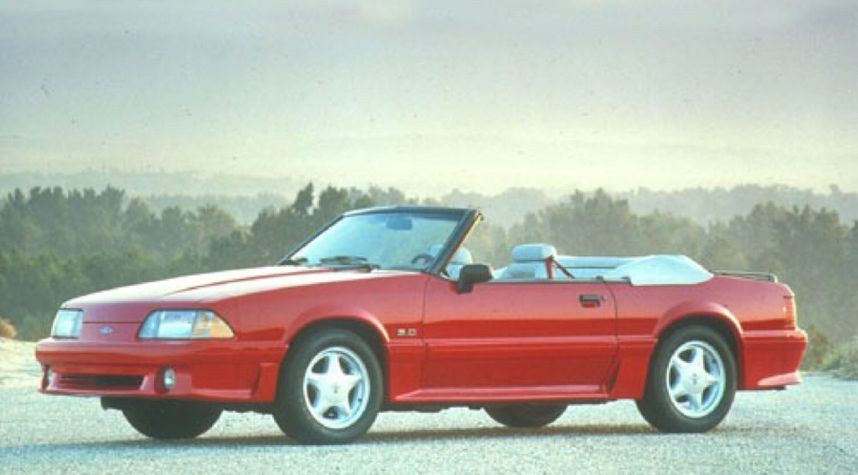 Main photo of Gerard Magnifico's 1991 Ford Mustang