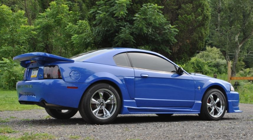 Main photo of Ashley Moeck's 2003 Ford Mustang